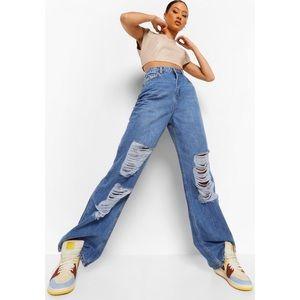 Boohoo distressed wide leg street wear jeans 10